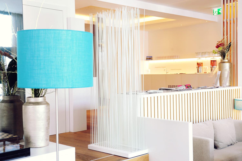 Raumteiler für Schlafzimmer - rods.design